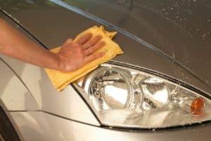 Comment laver sa voiture de façon écologique ?